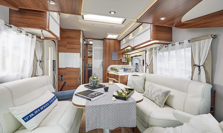 Salon camping-car haut de gamme mercedes levoyageur LVX