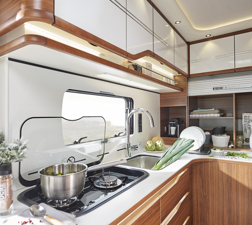 cuisine-camping-car-haut-de-gamme-le-voyageur-68